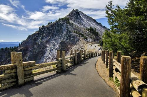 Advanced-Color-1st-Safe Hiking-Janet Newton