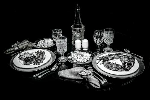 Advanced-Monochrome-1st-Dining-for-Two-RandyJohnson
