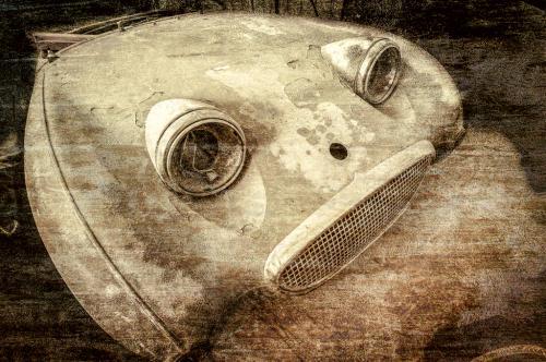 Advanced-Monochrome-2nd-Tired Bug Eyed Sprite-GlenClark.JPG